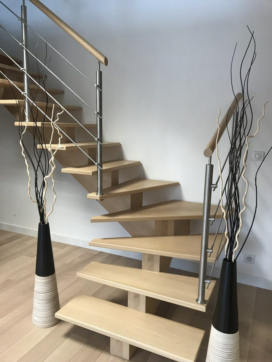 escalier deco perfect projet facile pour repeindre escalier dans un style scandinave associant. Black Bedroom Furniture Sets. Home Design Ideas